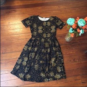 Lularoe Amelia Black Tan Print pockets dress s